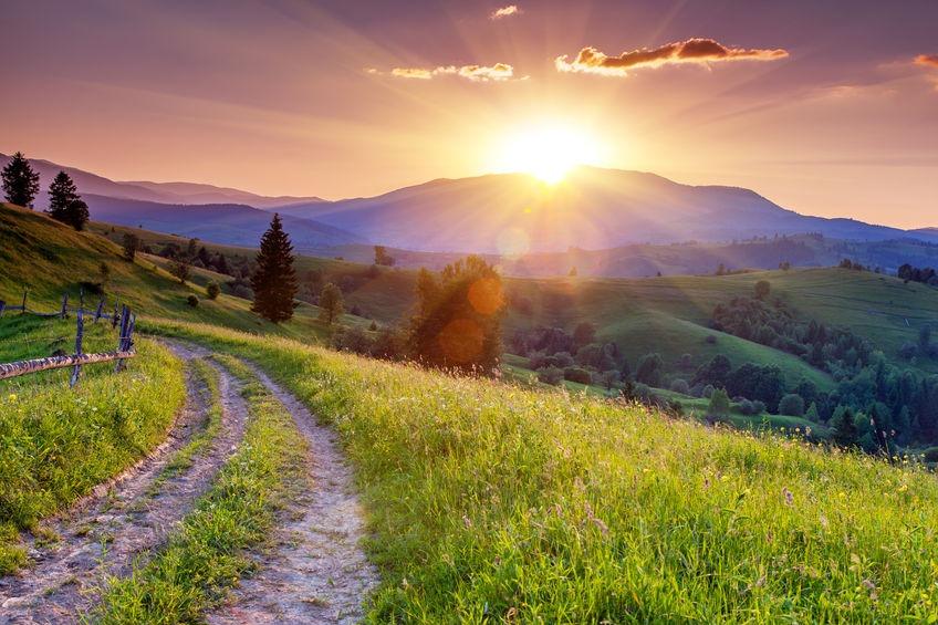 22390249 - majestic sunset in the mountains landscape. carpathian, ukraine, europe.